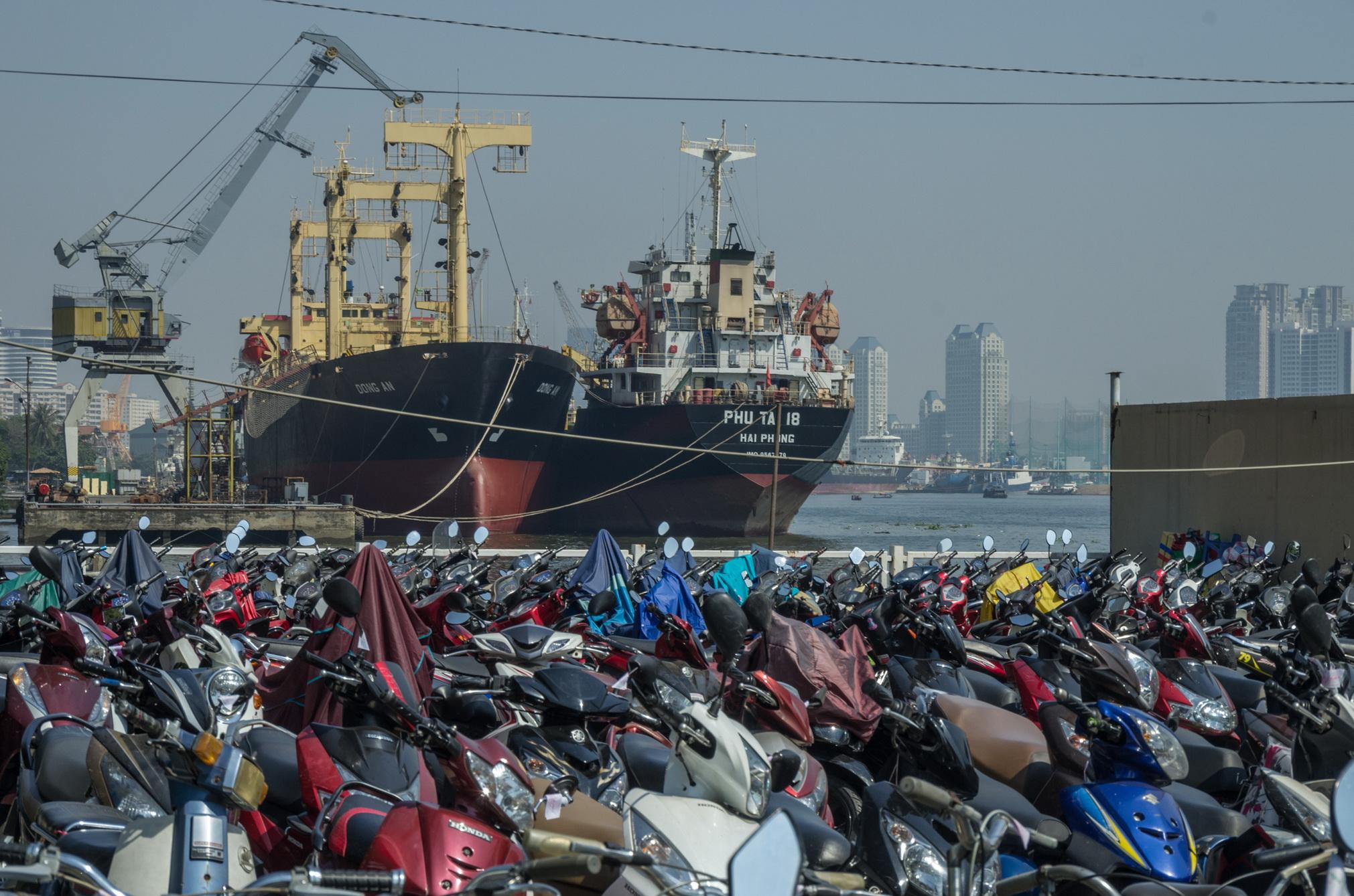 Hanjin sụp đổ: 5.000 container của doanh nghiệp Việt sẽ gặp khó